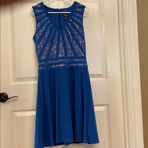 Adrianna Papell royal blue w lace dress size 6